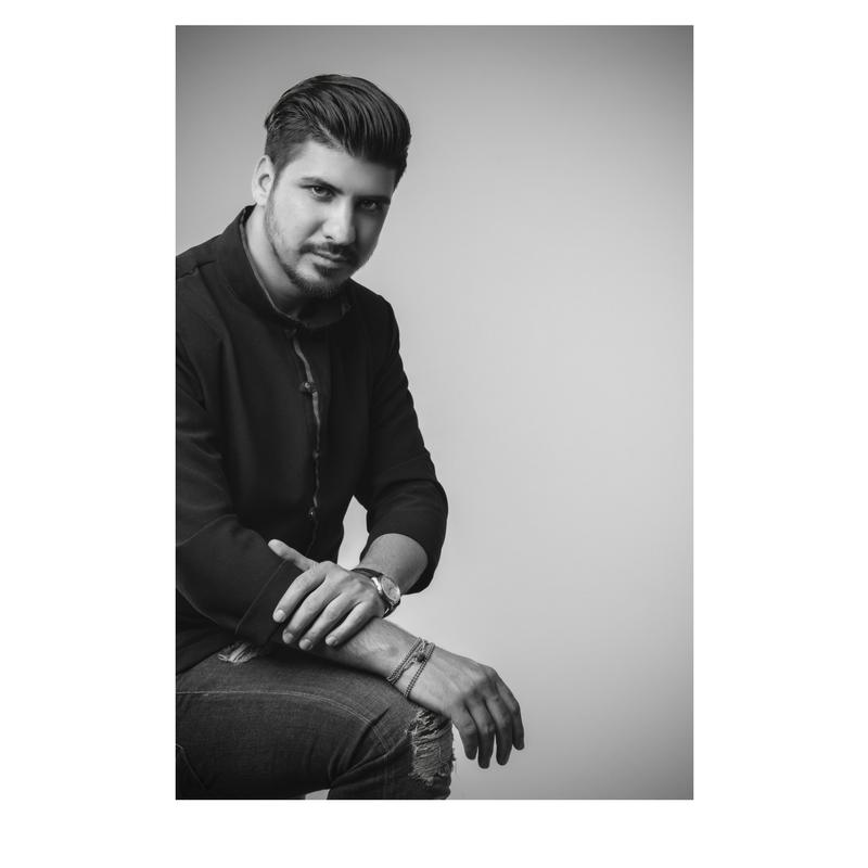 Ο ιδρυτής της Tsvl Hair Therapy και Hair Therapist Expert Μιχαήλ Τσουβαλάς